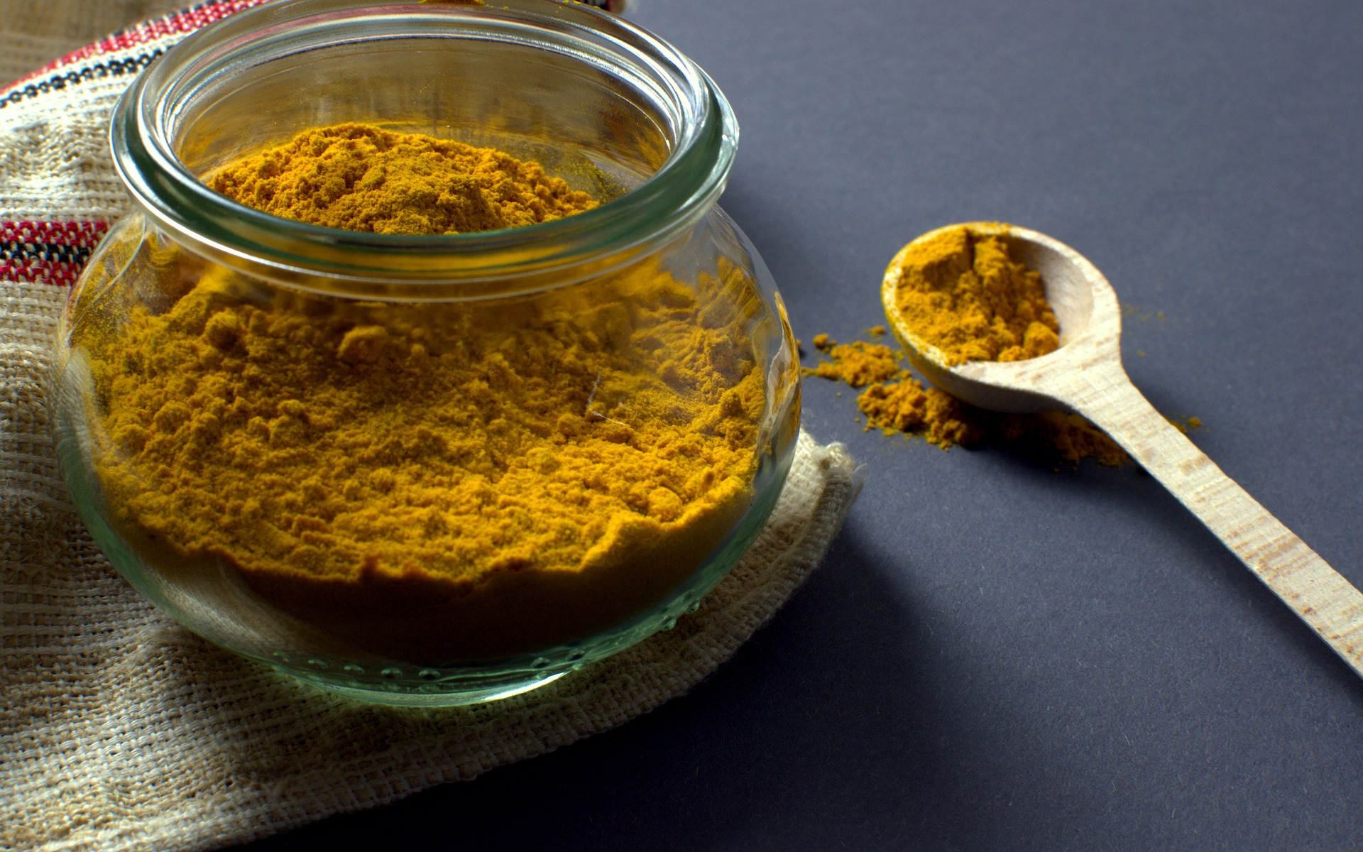 Remove Unwanted Facial Hair by using Turmeric(Kasthuri Manjal)